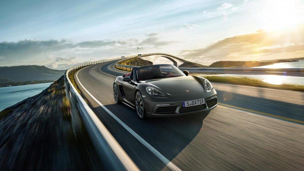 Image of Porsche 718