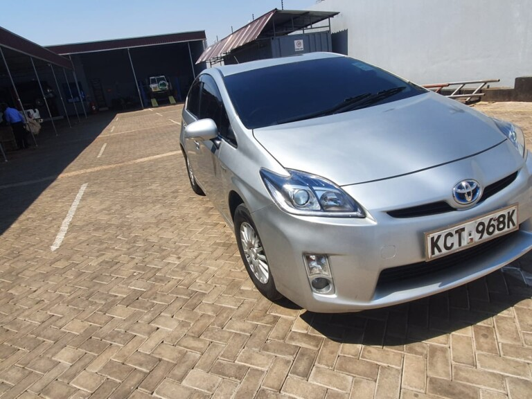 Image of 2011 Toyota Prius for sale in Nairobi